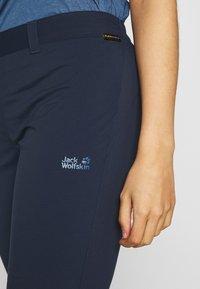 Jack Wolfskin - ACTIVATE LIGHT 3/4 PANTS - 3/4 sportovní kalhoty - midnight blue - 4