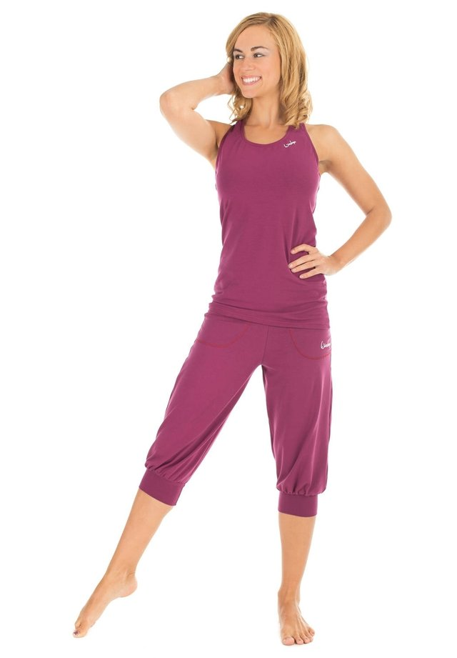 3/4 sports trousers - berry love
