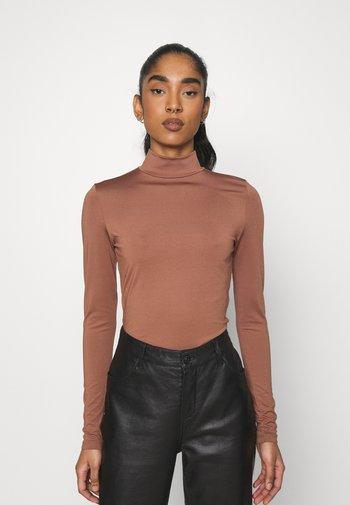 FANCY - Long sleeved top - chocolate