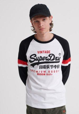 RAGLAN - Long sleeved top - white