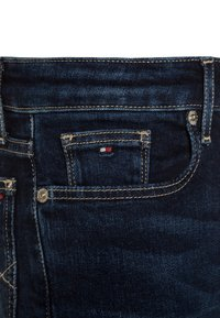 Tommy Hilfiger - GIRLS NORA - Slim fit jeans - new york mid - 3