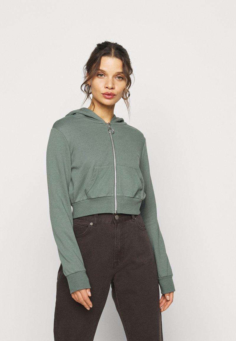 Even&Odd Petite - Zip-up hoodie - green
