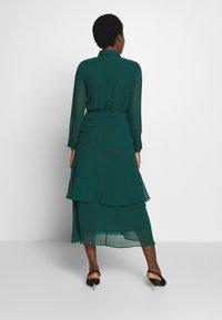 Dorothy Perkins - TIERED SHIRT DRESS - Kjole - green - 2