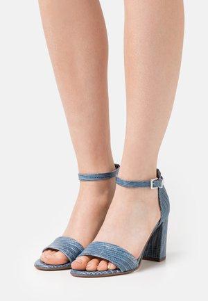 ADILIA - Sandals - jeans tejus