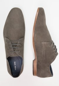 Pier One - Smart lace-ups - grey - 1