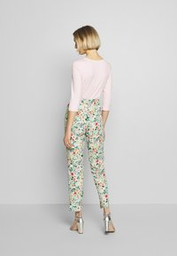 RIANI - Trousers - mint patterned - 2