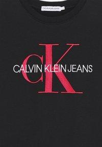 Calvin Klein Jeans - MONOGRAM SWEATSHIRT DRESS - Vestito estivo - black - 3