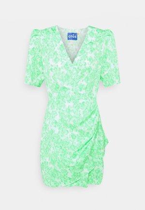 DRESS - Vestido de cóctel - minty