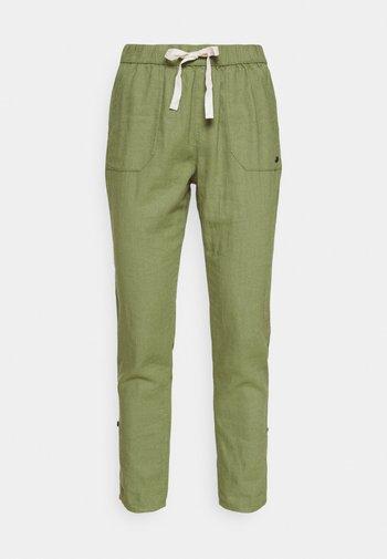 Trousers - vineyard green