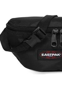 Eastpak - SPRINGER INSTANT - Bum bag - instant black - 4