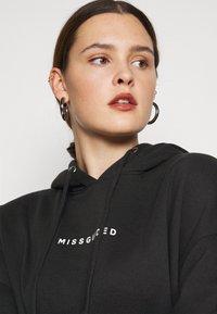 Missguided Plus - HOODIE DRESS - Vardagsklänning - black - 3