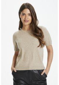 Part Two - EVERLOTTEPW  - Basic T-shirt - light camel melange - 0