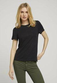 TOM TAILOR - Basic T-shirt - deep black - 0