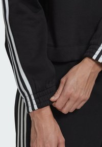 adidas Originals - Collegepaita - black - 5