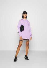 KENDALL + KYLIE - OVERSIZE HOODIE - Sweat à capuche - lilac - 1