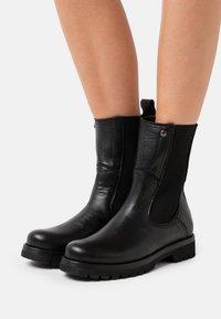 Panama Jack - FLORENCIA - Kotníkové boty - black - 0