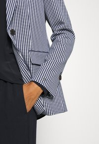 Tommy Hilfiger - Blazer - gingham blue ink/white - 6