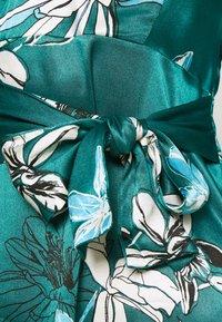 Marks & Spencer London - FLORAL WRAP DRESS - Korte jurk - green - 6