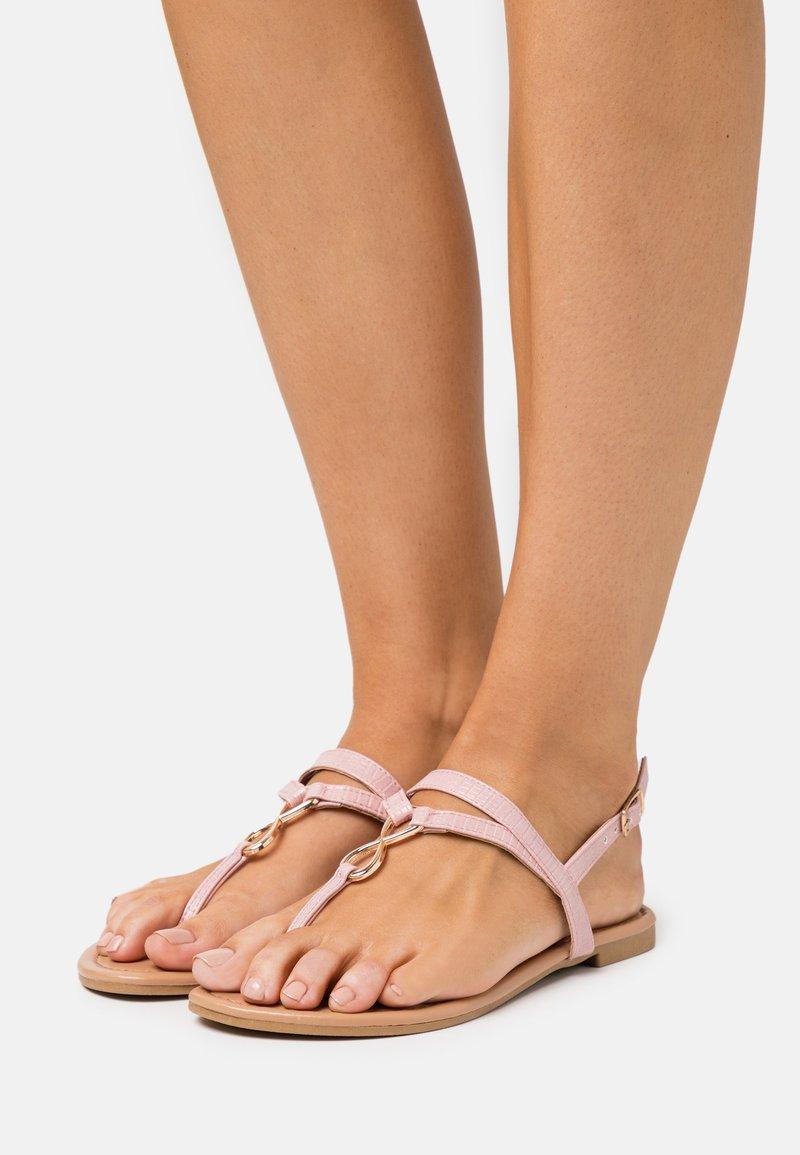 New Look - HOOPER - Flip Flops - light pink