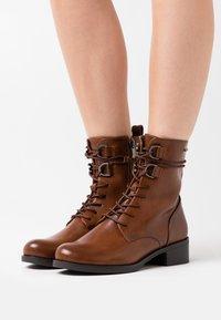 TOM TAILOR DENIM - Lace-up ankle boots - cognac - 0