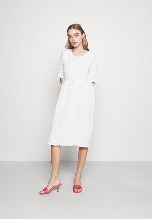 Day dress - textured white