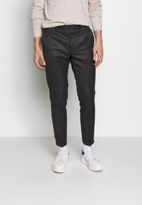 Isaac Dewhirst - HERRINGBONE TROUSER WITH TURN UP - Pantaloni - grey - 0