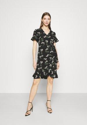 VMSAGA WRAP FRILL DRESS  - Denní šaty - black