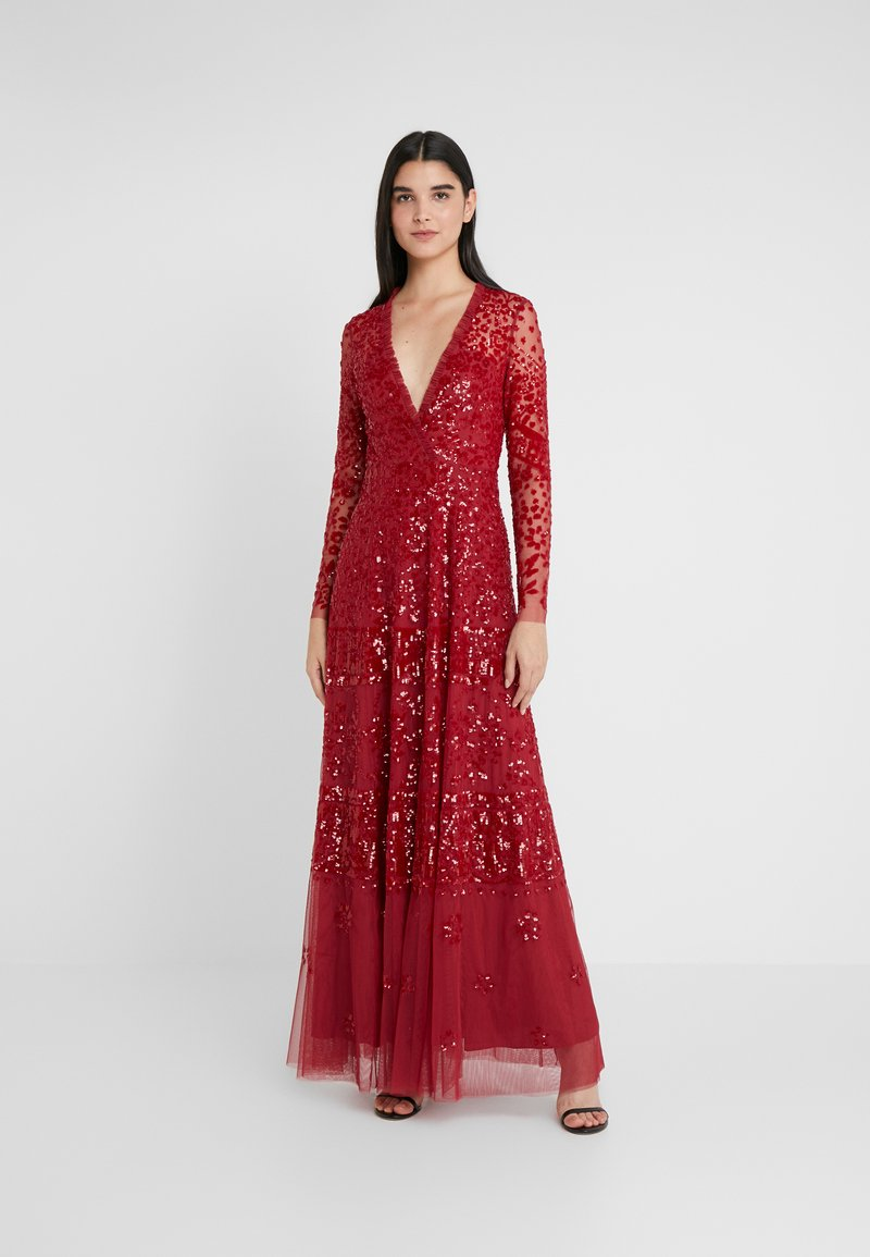 Needle & Thread - AURORA V-NECK GOWN - Abito da sera - cherry red