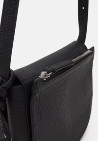 Marc O'Polo - CALLY - Across body bag - black - 3