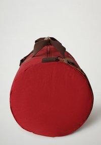 Napapijri - BERING  - Weekend bag - old red - 3