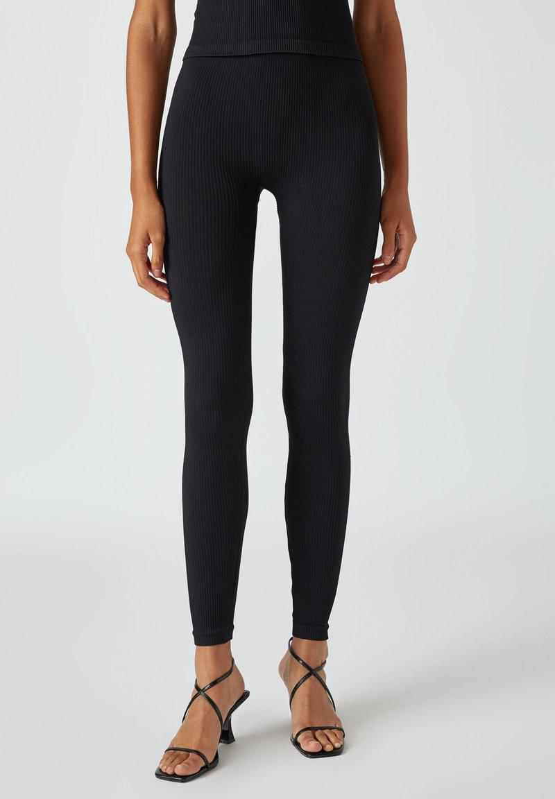 PULL&BEAR - Leggings - Trousers - black