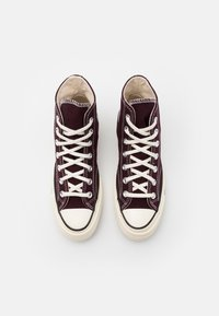 Converse - CHUCK TAYLOR ALL STAR 70 UNISEX - High-top trainers - black currant/egret/egret - 3
