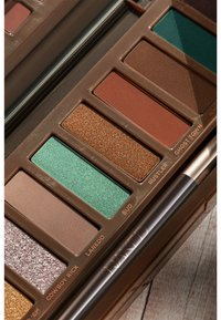 Urban Decay - NAKED WILD WEST PALETTE - Eyeshadow palette - - - 8