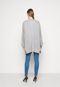 FTC Cashmere - CARDIGAN LONG - Cardigan - silver stone - 2