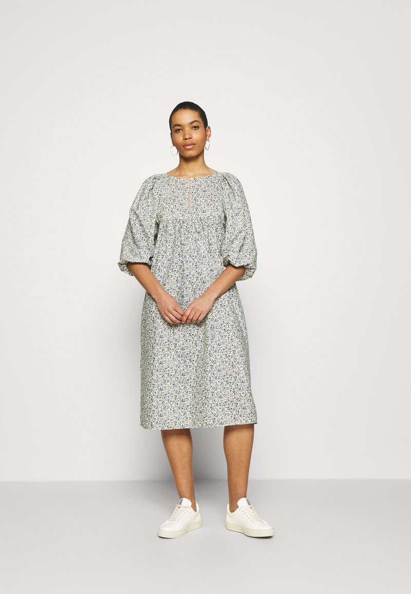 ARKET - DRESS - Vestido informal - green