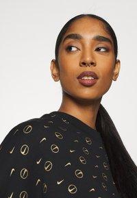 Nike Sportswear - CREW PACK - Sweatshirt - black - 4