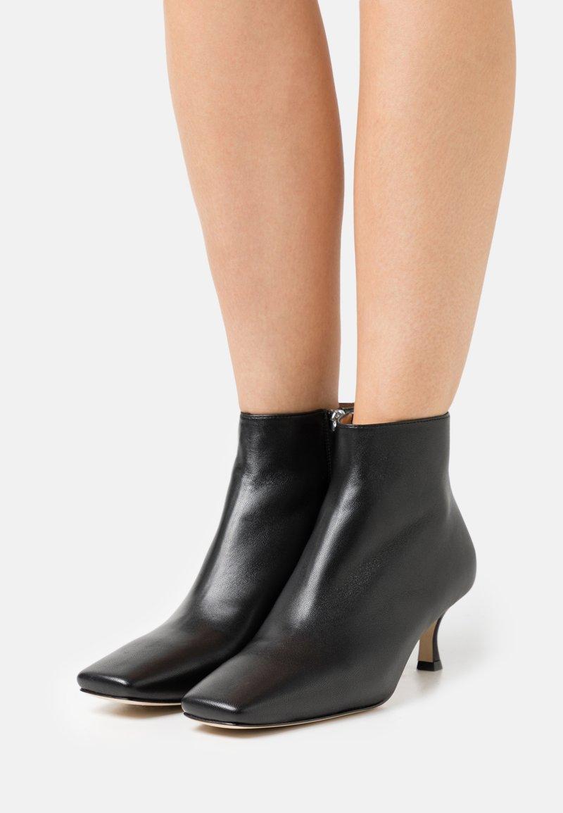 Joseph - SQUARE TOE - Ankle boots - black