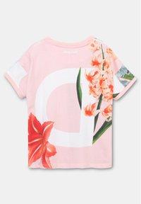 Desigual - TURIN - Print T-shirt - red - 1