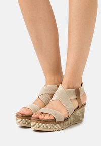Refresh - Sandales à plateforme - beige - 0