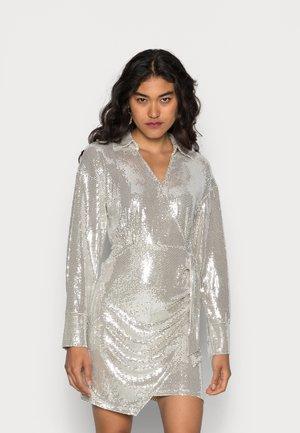 TAYLOR SHIRT DRESS - Cocktail dress / Party dress - silver