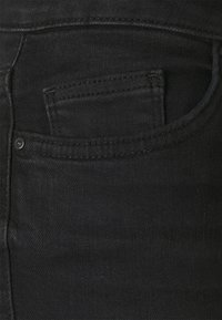 ONLY - ONLBLUSH WAIST LONG - Shorts di jeans - black denim - 5