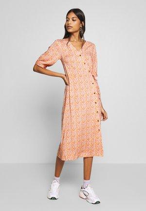GRACE DRESS - Shirt dress - carnelian