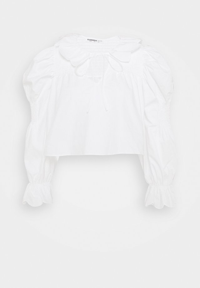 SCALLOP COLLAR SHIRRED BLOUSE WITH PUFF LONG SLEEVES AND NECK - Blouse - white