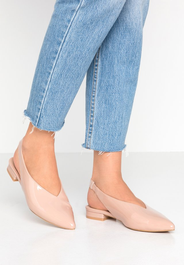 WIDE FIT - Slingback ballet pumps - pink