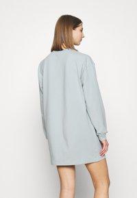 Miss Selfridge - LONGLINE SAN FRAN SLOGAN OVERSIZED TEE - Pyjama top - blue - 2