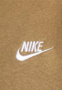 Nike Sportswear - CLUB - Felpa - driftwood - 2