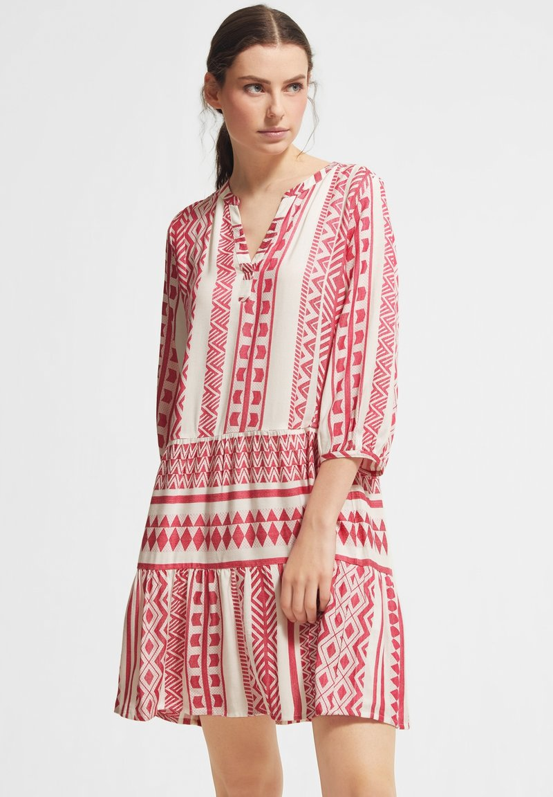 comma casual identity - Day dress - white embroidery