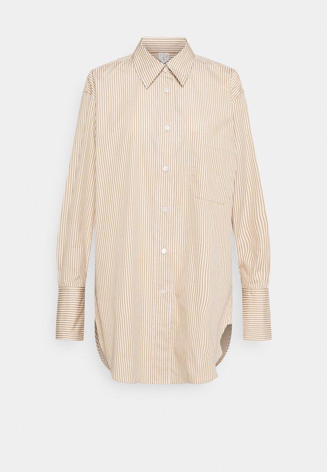 Shirt - Skjortebluser - beige/white