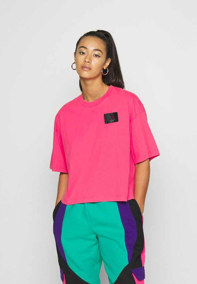 ESSENTIAL BOXY TEE - Print T-shirt - watermelon