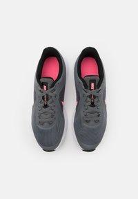 Nike Performance - DOWNSHIFTER - Neutral running shoes - smoke grey/sunset pulse/black/white - 3